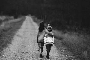 children-hug